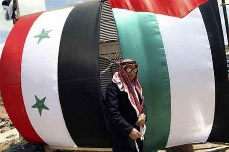 ثورة السوريين وأثرها على مجتمع اللاجئين الفلسطينيين في سوريا