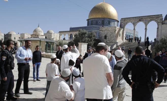 الأطماع اليهودية في المسجد الأقصى الإجراءات الممهدة للتقسيم الزماني والمكاني
