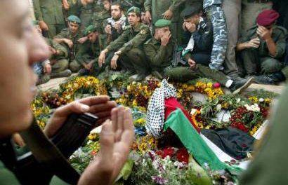 التداعيات القانونية في أسباب وفاة الرئيس ياسر عرفات
