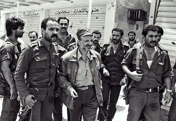 الذكرى الرابعة والثلاثون لاجتياح لبنان وحصار بيروت في العام 1982  القوات الإسرائيلية الغازية تتفنن في استخدام  الأسلحة المحرمة دولياً